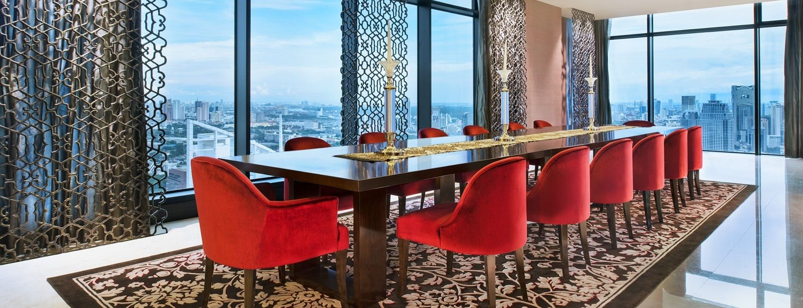 The Owner's Penthouse - Private Dining Room